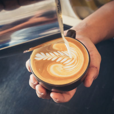 pouring-perfect-latte